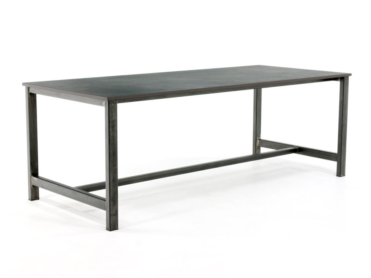 Industriële tafel met Dekton tafelblad